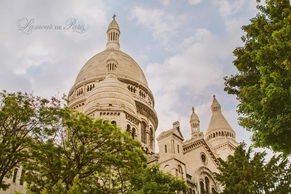 Sacre Coeur church in Montmartre in Paris