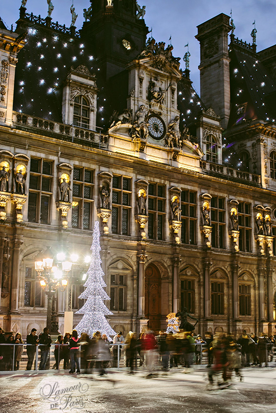 Information for lovers in Paris on the guided tour and ice skating rink at Hotel de Ville in Paris