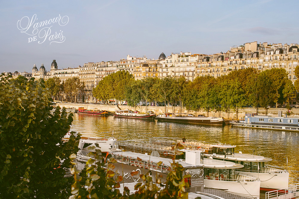 House boats on the Seine River in Paris
