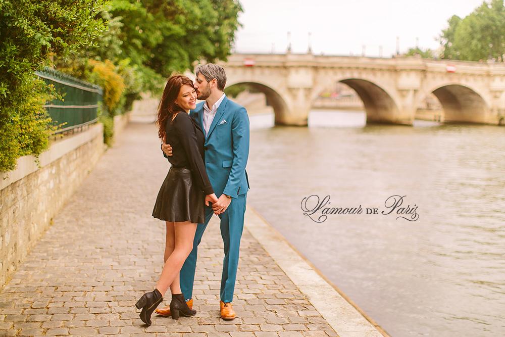 Romantic portrait photos in Paris