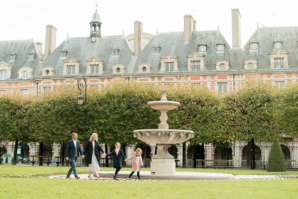 Paris-family-photos-placedesvoges1