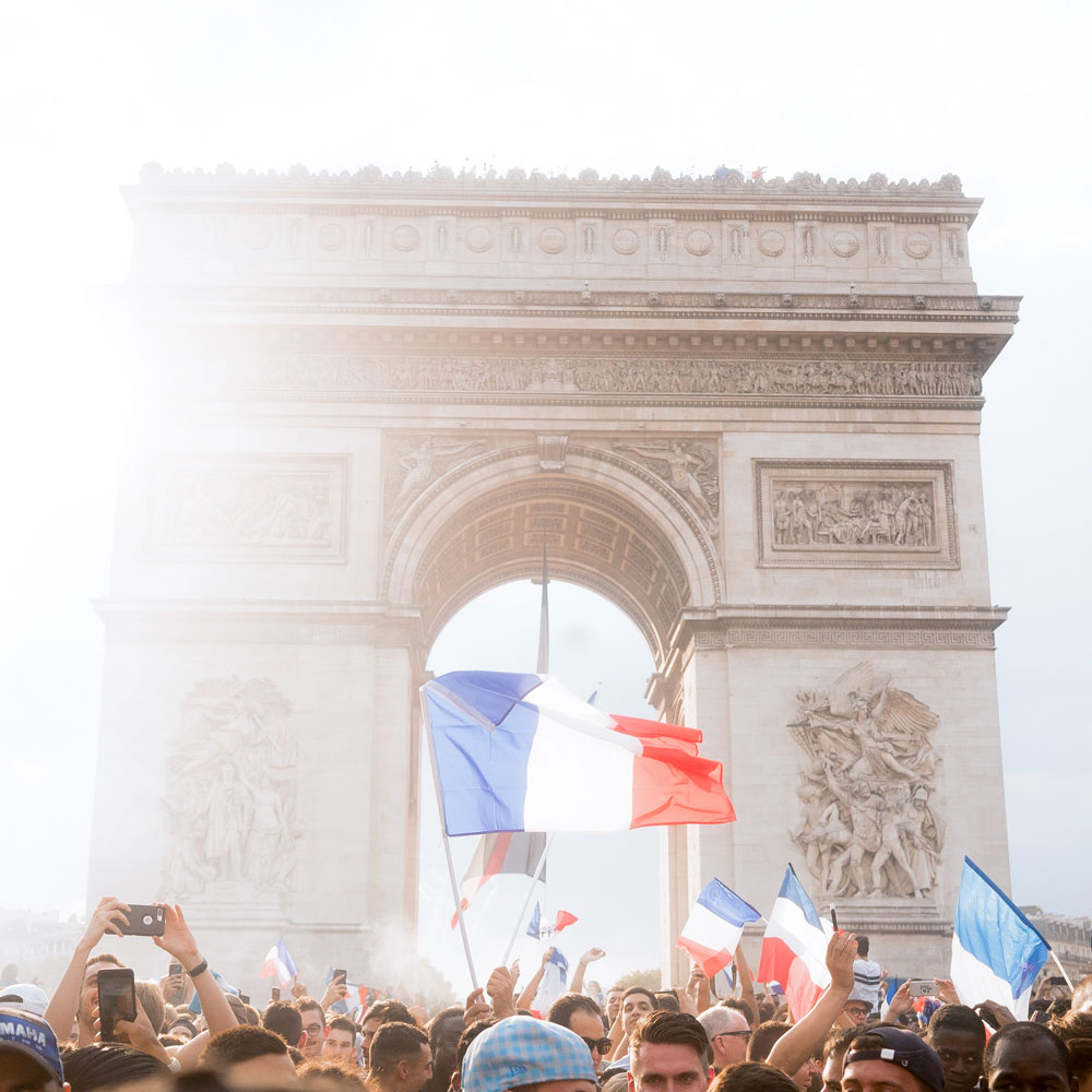 france world cup celebration at arc de triomphe