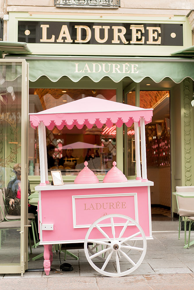 laduree paris pink cart