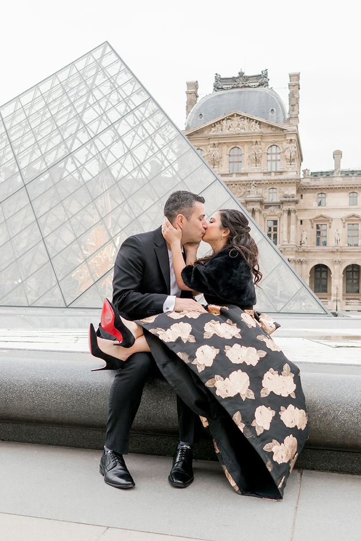 louvre-kiss