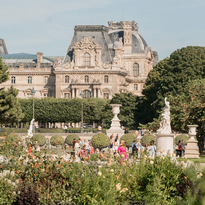 tuileries garden with louvre in background
